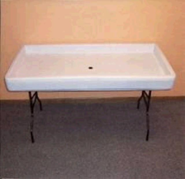 Where to find TABLE ICE 4FT in Winter Haven