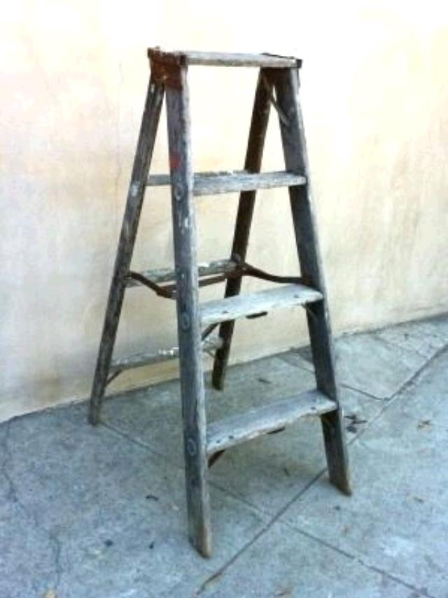 Where to find RUSTIC WOOD LADDER in Winter Haven