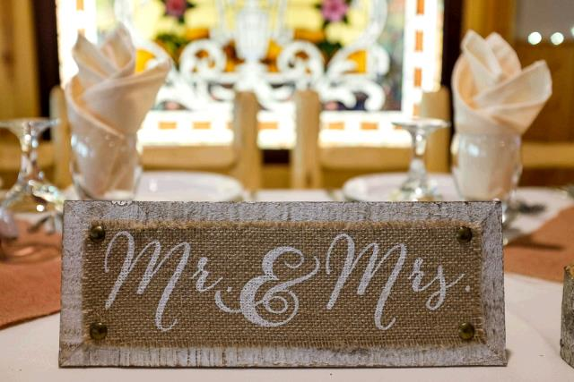 Where to find MR.   MRS. SIGN RUSTIC in Winter Haven